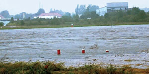 The Elbe flood at Kaditz. Groundwater measurement points are engulfed by the flood.