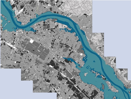Advance calculation of flooded surface areas through realistic modelling (Map background source: city of Dresden)